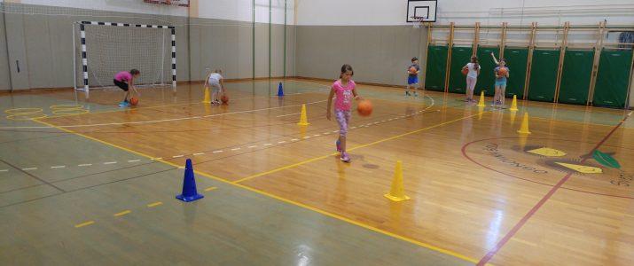 Rastemo s športom – košarka (1. in 2. skupina)