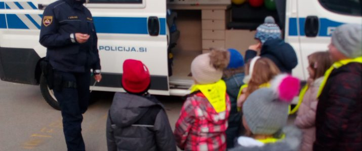 Predstavitev mobilne policijske postaje